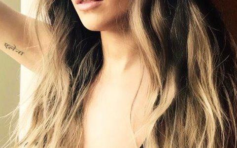 Rita Ora's Bra Pictures for Social Media of the Day