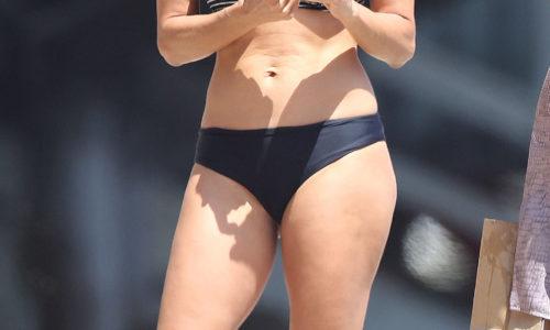 Zara Holland Back in the Beach Thong