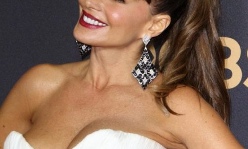 Sofia Vergara Big T#ts at the Emmys of the Day