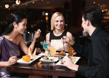 7 Secrets Restaurants Don't Want You to Know