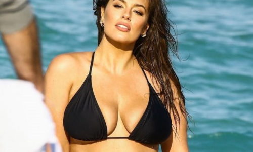 Ashley Graham Fat Bikini Photoshoot of the Day
