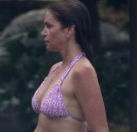 Cindy Crawford Wet Bikini in Muskoka of the Day