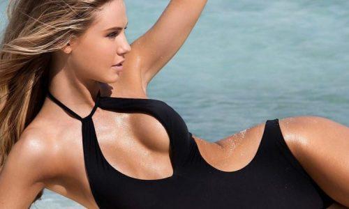 Scarlett Leithold Did a Bikini Photoshoot