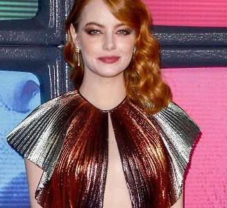 Emma Stone Flashes Some Braless Chest Action!