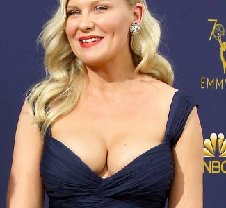 Kirsten Dunst Unveils Her Ginormous New Mom Cleavage