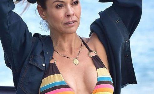 Brooke Burke Keeps the Summer Bikini Pics Rollin'