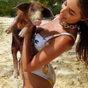 Olivia Culpo Ultra Cleavagy And Bootylicious In A Skimpy Swimsuit!